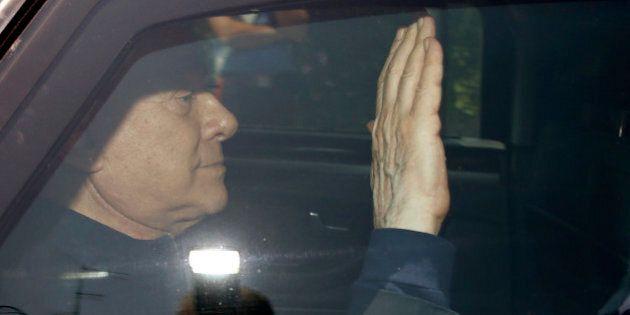 Silvio Berlusconi assolto, a Cesano Boscone il pianto liberatorio, poi il giuramento a Matteo Renzi sulle