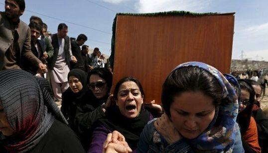 Le donne afghane chiedono giustizia per Farkhunda, uccisa ingiustamente