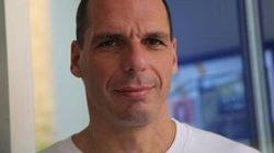 Chi è Yanis Varoufakis, il guru economico delle ricette anti austerity di