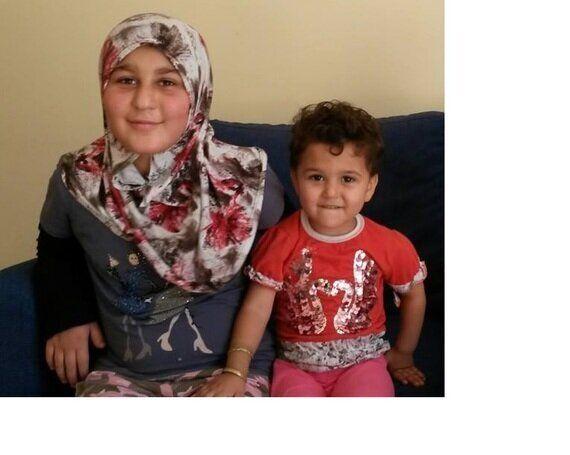 Yesra e Fatima, la felicità in un parco