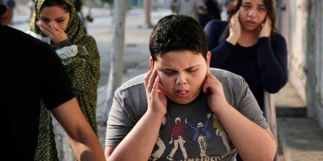 Gaza, l'America sospende i voli su e da Israele. Aumentano i morti: oltre 600 palestinesi, 28 soldati