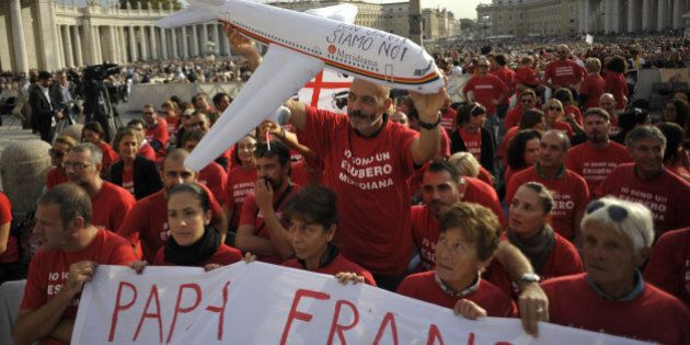 Papa Francesco, appello per i lavoratori di Meridiana: