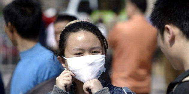 Cina, uomo muore di peste bubbonica. Un'intera città di 30 mila abitanti in quarantena, scorte per un