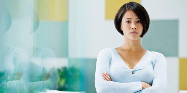Vergini per fare carriera, le donne giapponesi rinunciano al sesso. Il 40,1% non ha mai avuto rapporti...