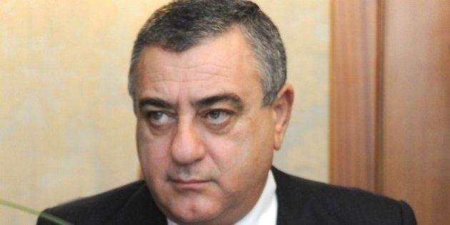 Forza Italia, richiesta di arresto per il deputato Luigi Cesaro dall'Antimafia di Napoli per aver favorito...