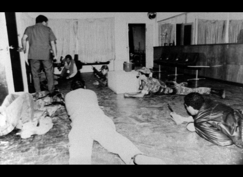 In February 1992, Venezuelan lieutenant colonel Hugo Chávez Frías led a loyal secretive military cell, the Revolutionary Boli