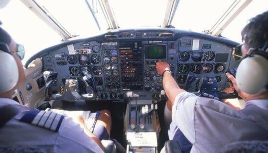 L'aereo dei misteri: dal mancato Mayday al pilota