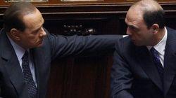 Renzi vede Silvio prima di Bersani. Il Cav per stanarlo stringe un patto di unità d'azione con