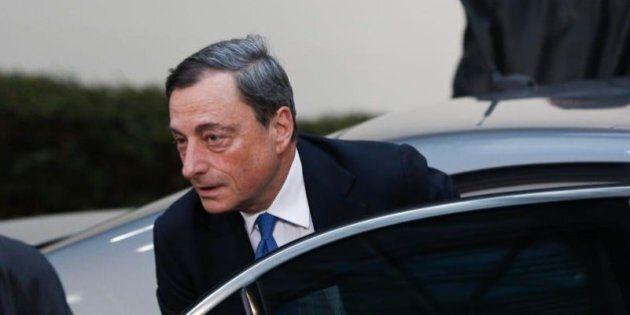 Bce, Mario Draghi prepara le misure non convenzionali. Otto cose da sapere sul bazooka, l'arma contro...