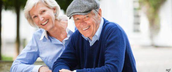 Le tappe della vita di un uomo: a 30 anni arriva la pancetta, a 49 si tradisce di più, a 70 si fa il...