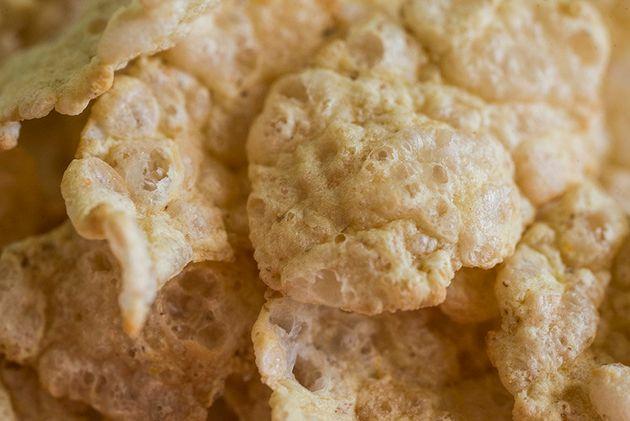 Riesci a riconoscere di che tipo di cibo si tratta? Ti diamo un indizio, lo trovi nella tua cucina ogni...