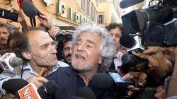 Beppe Grillo detta la linea: si torna in piazza, basta