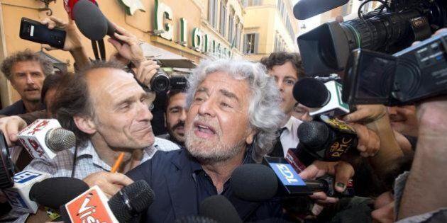 Beppe Grillo detta la linea ai parlamentari M5S: via dalle tv si torna in