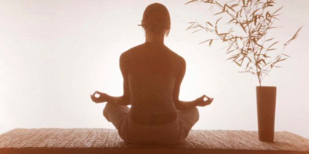 Meditazione, un master all'Università di Leslie insegna a farlo, per due anni, al costo di 33.000