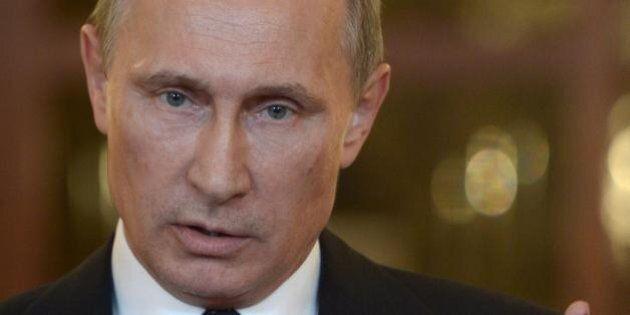 Sanzioni Russia, Ue presenta bozza per