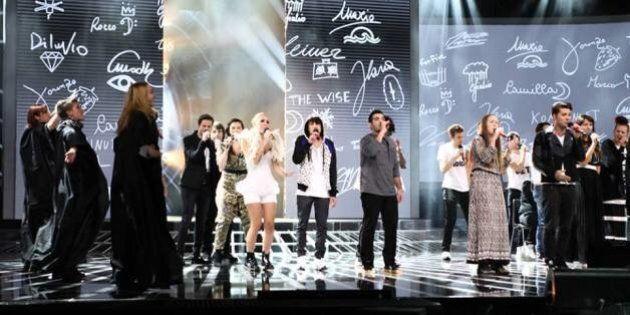 X Factor 8, live show prima puntata. DIluvio eliminato. Grandi ospiti Tiziano Ferro e Robin Schulz per...