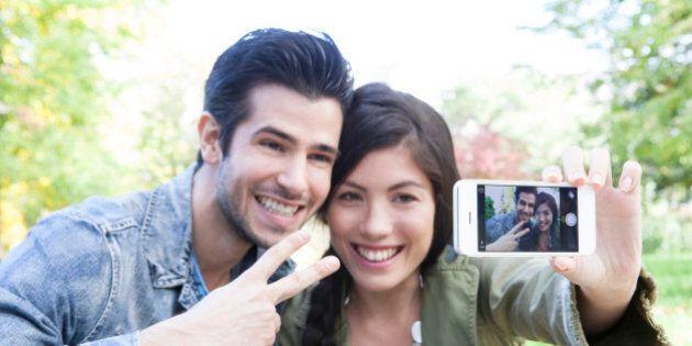 A Castelrotto ruba un iPhone e si fa un selfie, il proprietario lo vede grazie ad iCloud e i Carabinieri...