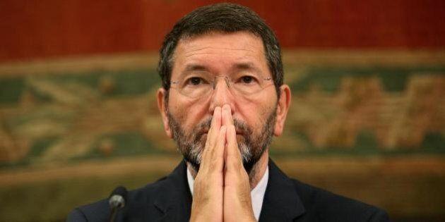 Ignazio Marino, sondaggio choc: 4 romani su 5 non si fidano di lui. Secondo il 75%, è uguale o peggio...