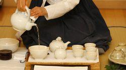 Tè Don, pollo Yeonsan Ogye, pasta di soia e