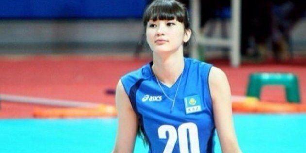 Sabina Altynbekova, la pallavolista del Kazakistan più bella del mondo: da Instagram a Facebook tutti...