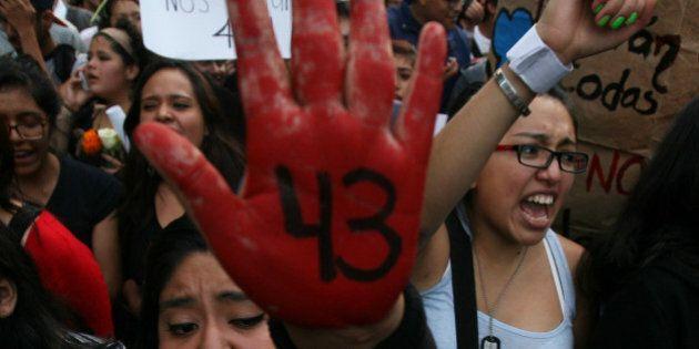 Messico studenti scomparsi, si dimette il governatore di Guerrero. Sospetti sul sindaco di Iguala e la...
