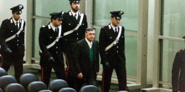 Giorgio Napolitano sarà interrogato dai legali di Totò Riina. La svolta nel processo sulla trattativa