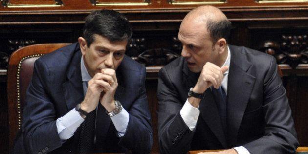 Rimpasto: scoppia la tensione tra Ncd e Renzi: