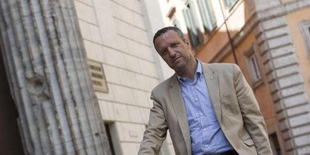 Diritti gay, Verona approva la mozione per evitare corsi contro l'omofobia nelle scuole della