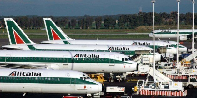 Sicurezza aerei, Enac impone sempre due piloti presenti in cabina ma rassicura: