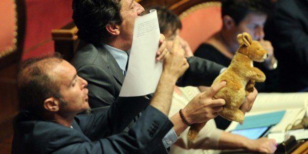 Canguro di peluche in Senato, Pietro Grasso richiama il M5S: