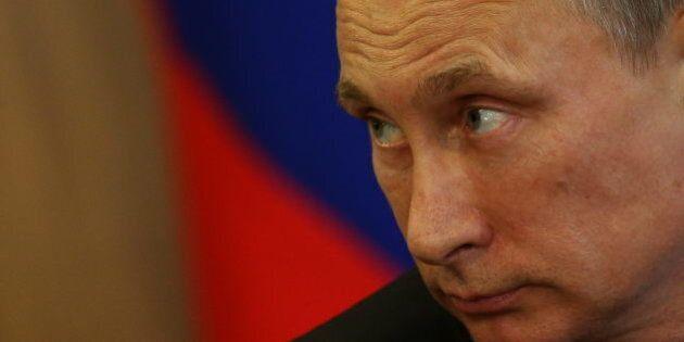 Russia, crisi ucraina. Paesi del G7 minacciano nuove sanzioni