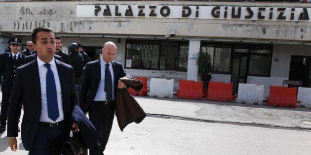 Corruzione, M5S vede l'Antimafia e la procura di Napoli: