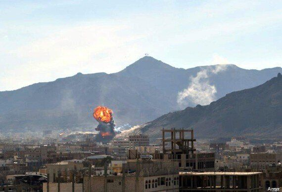 Yemen, ribelli sciiti nel palazzo presidenziale. Storia della dissoluzione di uno Stato, vittima del...