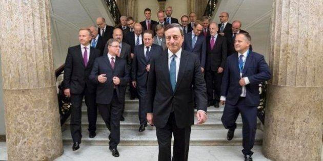 Bce, Mario Draghi prepara il Quantitative Easing. Berlino accetta l'avvio del piano, ma negozia ancora...