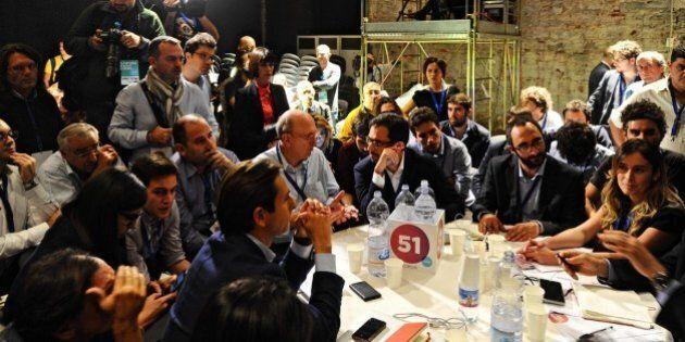 Leopolda 5, la casta dirigente di Matteo Renzi tra tavoli e comparsate tv. Lo spirito ribelle non c'è