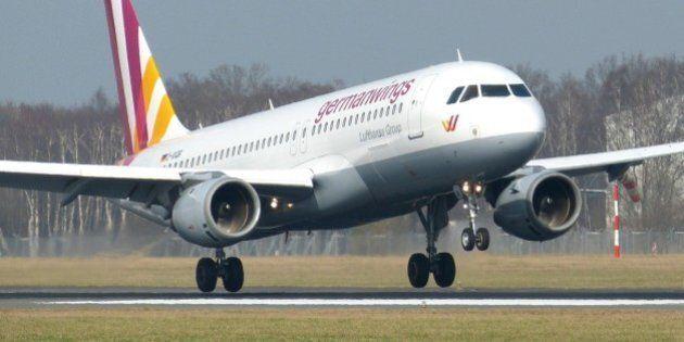 Germanwings, atterraggio emergenza a Stoccarda per volo Bonn-Venezia. L'aereo perdeva