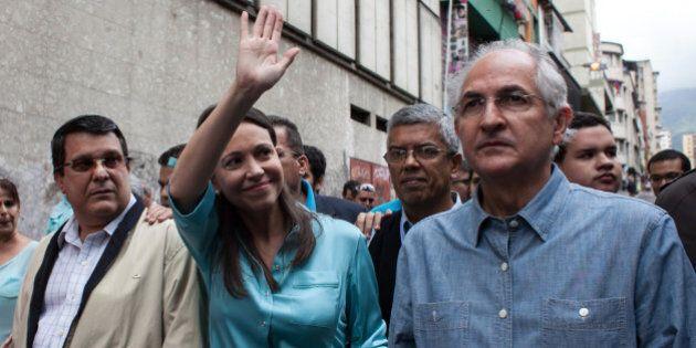 L'agonia del Venezuela di Maduro tra minacce false e account