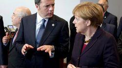 Renzi cicerone di Merkel a Palazzo Vecchio. E a cena la Cancelliera loda