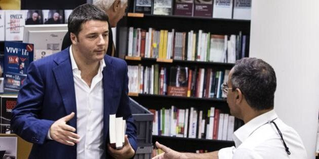 Renzi alla libreria Feltrinelli: Antony Giddens, Maurizio Landini e Martha C.Nussbam tra i libri dell'estate