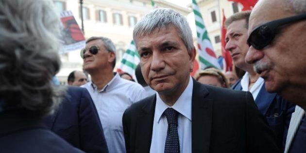 Sel incassa il no di Renzi sulle modifiche alle Riforme. I vendoliani restano a guardare in attesa dell'incontro...