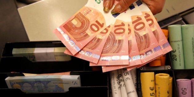 Quantitative Easing, l'euro ai minimi da oltre 11 anni scende sotto quota 1,13