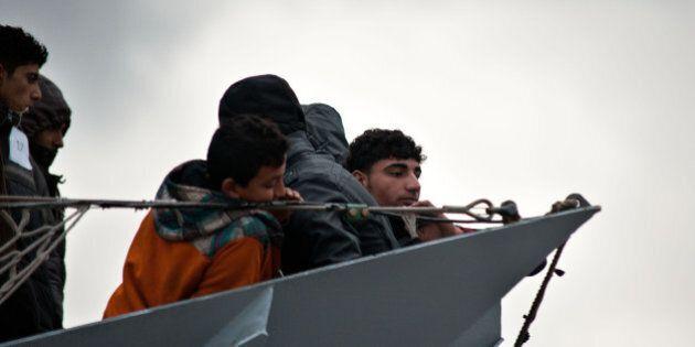Migranti, Ue: seimila euro agli Stati per ogni profugo trasferito. Redistribuzione riguarda solo arrivi...