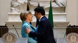 A Firenze Renzi aggancia Merkel in piena sindrome di Stendhal: con i potenti ci parlo