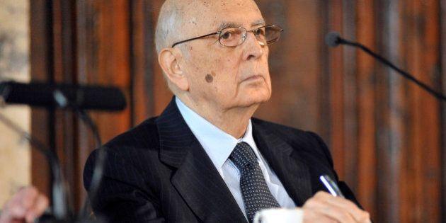 Trattativa Stato Mafia, Giorgio Napolitano alla vigilia della deposizione studia e si prepara a rispondere...