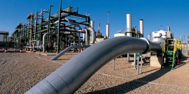 Eni in Libia unica compagnia petrolifera ancora attiva. Wsj accusa: