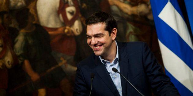Alexis Tsipras: luce gratis per i più poveri, contributo per gli affitti, social card. Le prime misure...