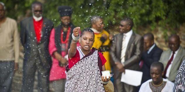 Nelson Mandela: un anno dopo la morte, il Sudafrica ricorda il suo Madiba. Le foto più belle delle