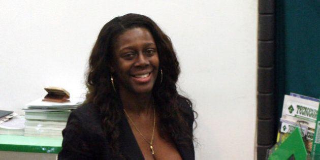 Sylvie Lubamba arrestata: svuotava i conti degli amici. Era ex showgirl Chiambretti