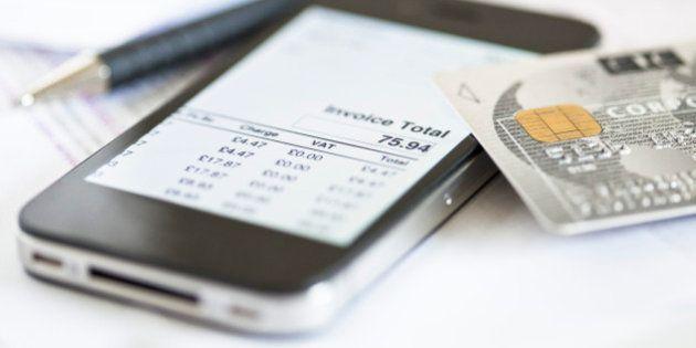 iPhone 6 sostituirà il portafogli? Una nuova funzione permetterebbe di pagare con il telefono: 5 cose...