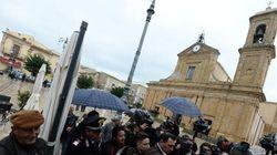 Il viceparroco di Santa Croce Camerina si scaglia contro i giornalisti: